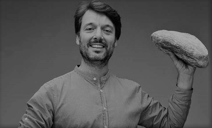 """100  recetas  de  pan  de  pueblo""  liburuaren  aurkezpena"