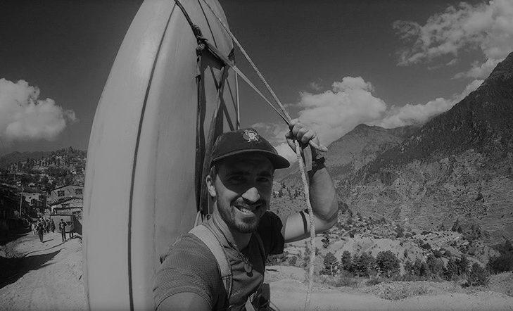 Con el Kayak como mochila