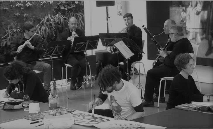 Fusión de música en directo + pintura espontánea + libro de artista
