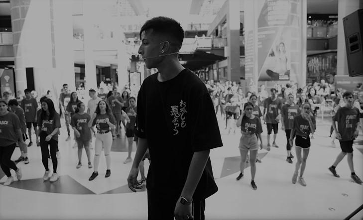Marktore  |  Shuffle  Dance