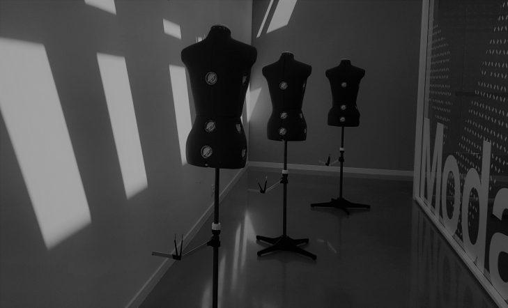 ¿Has estudiado diseño de moda? En Kutxa Kultur Moda tenemos un espacio para ti